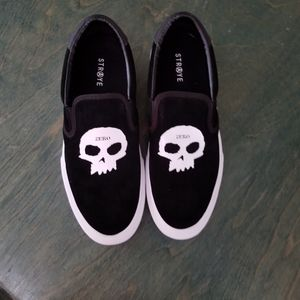 Straye Shoes